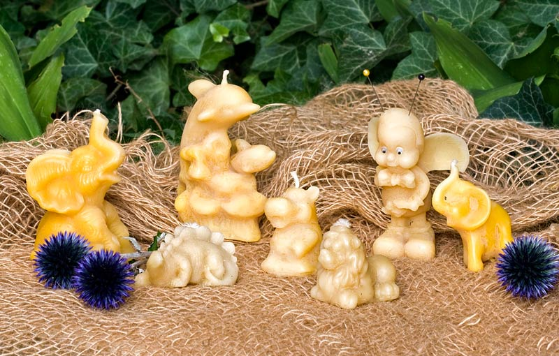 Kerzen und Dekorationsartikel aus echtem Bienenwachs